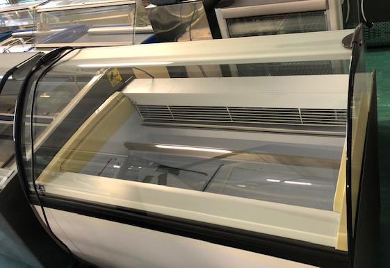 ISA Millenium SP 16 tégelyes fagylaltvitrin