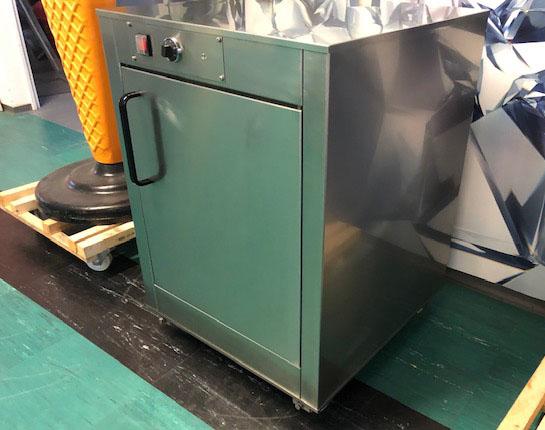 Elektromos kelesztő szekrény 6 db sütőlemez (60x40)